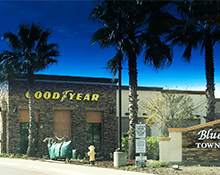 Image of the Good Year store on Blue Oaks